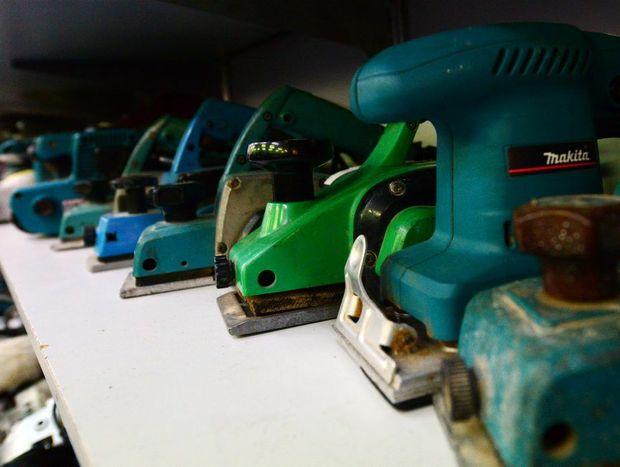 Tools at Speedi Cash in Rockhampton. Photo Sharyn O'Neill / The Morning Bulletin