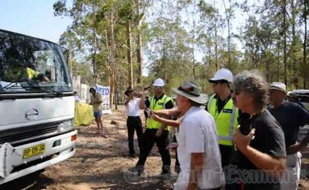 A snapshot of the action at the Glenugie CSG blockade today.