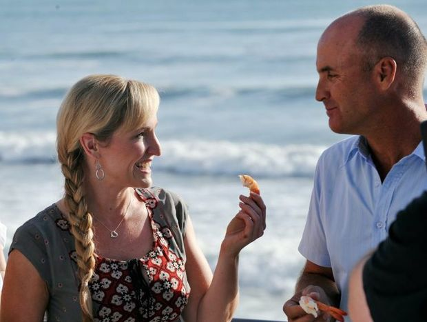 Sunrise weather presenter Fifi Box shares a prawn and a joke with former lover Grant Kenny.