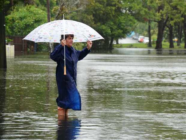 Murwillumbah will hit major flooding tonight, with 5m expected.