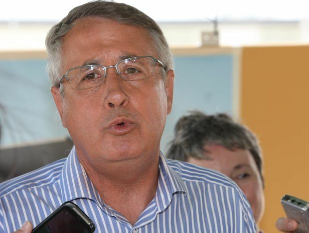 Treasurer Wayne Swan announced funding would be available across the central and southern Queensland regions.