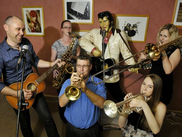 Brendon Walmsley (left) rehearses with Cool Nights Big Band members (from left) Sarah Byers, Scott McKenzie, Sam Barnes and Renae Coonan ahead of their fundraising concert on Saturday, February 9.
