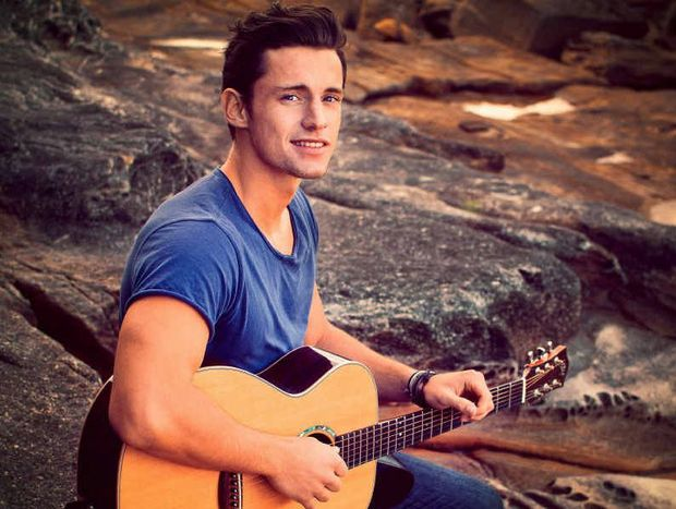 Sydney's Mitchell Thompson, a former The Voice contestant will be stopping into Rockhampton to play some gigs with his with his guitarist and fellow vocalist Tim Conlon, at the Heritage Hotel tonight, tomorrow and Saturday.
