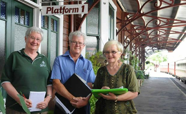Dr Rae Norris (right) discusses the progress of the Mary Valley railway line oral history project with Dr Elaine Brown and Geoff Webber.