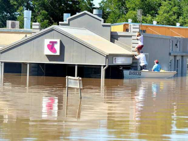 Would a dam on the Mary River have stopped flood waters entering Gympie's CBD?