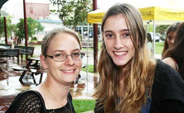 CALMING NERVES: Cassandra Newton and Terlina Fowler at the USQ Springfield orientation day.