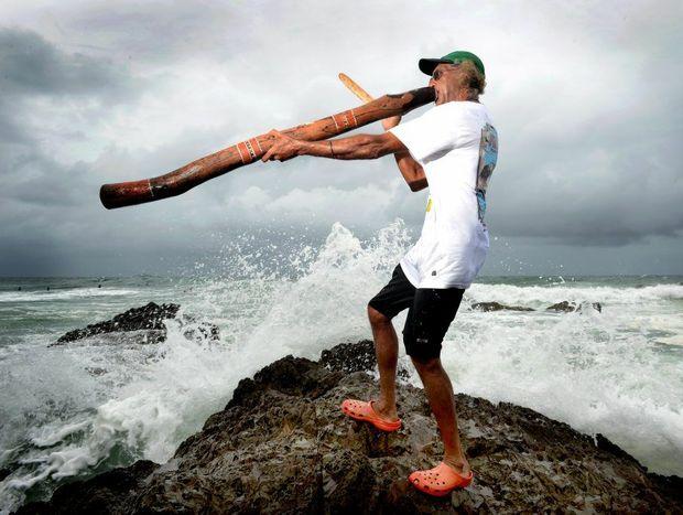 Russel Corowa plays the Didgeridoo at Snapper Rocks Photo: John Gass / Daily News