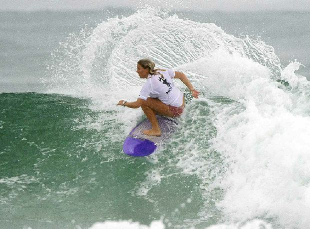 RUN OF GREAT FORM: The Sunshine Coast's Dimity Stoyle in action at the Roxy Pro Trials.