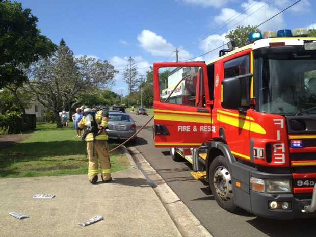 Fire fighters at unit fire, Ridge Rd, Maroochydore Photo: Patrick Williams