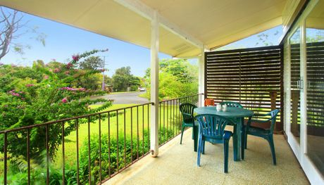9 Jakeman Dr, Buderim, sold under the hammer for $415,000.