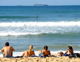 Men less likely to beat melanoma than women