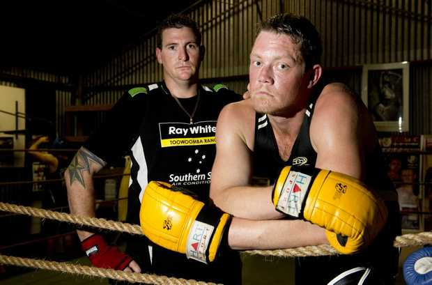 OPPORTUNITY KNOCKS: Trainer Brett Richards and boxer Brett Peters prepare for a big fight on Saturday night.