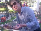 Paul McCartney leaves graveside tribute to Elvis Presley