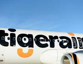 Melbourne 'still accessible' despite Tigerair flight cuts