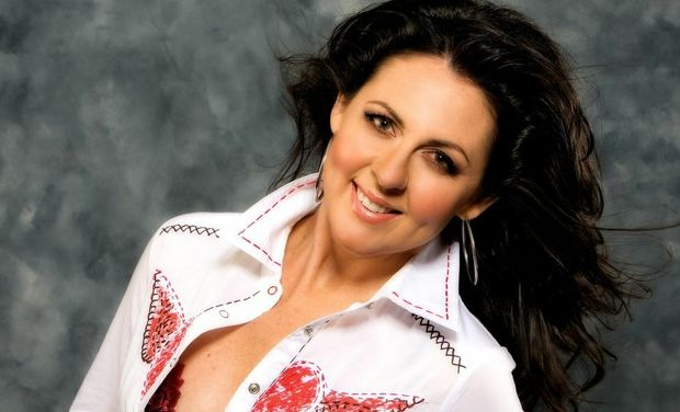 Tania Kernaghan will delight visitors to Farm Fantastic on Sunday. Photo Contributed