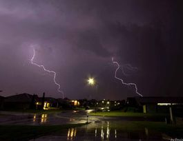 Damaging winds, hailstorms 'likely' in afternoon storm