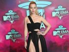 HACKERS claiming from the group Anonymous are demanding Mullumbimby-born rapper Iggy Azalea say sorry to Azaelia Banks or they'll release a sex tape of her.