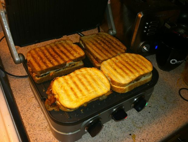 This is grilled cheese. It is a community.