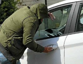 Spate of vehicle break-ins brings warning from police
