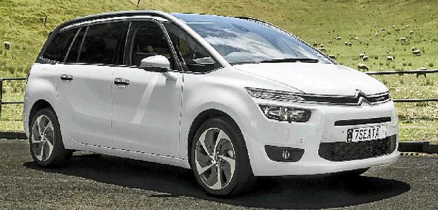 citroen grand c4 picasso is a people mover with flair mackay daily mercury. Black Bedroom Furniture Sets. Home Design Ideas
