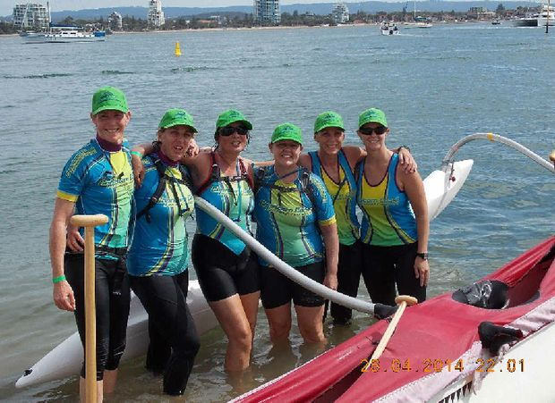 C Lion Outrigger Canoe outrigger canoe team Emma
