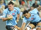 FIVE-eighth Bernard Foley helps Waratahs secure top spot and a home final in stunning fashion, thrashing the Highlanders 44-16 at Allianz Stadium.