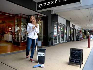 Nicole Gillespie likes to keep the city clean. Photo Allan Reinikka / The Morning Bulletin