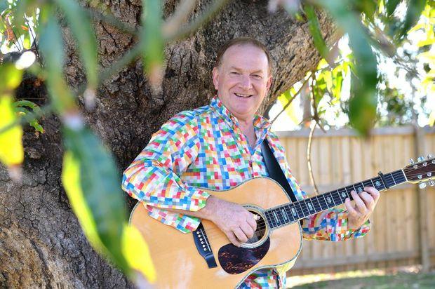 Mango Singer 'mango Shade' by Mackay Singer