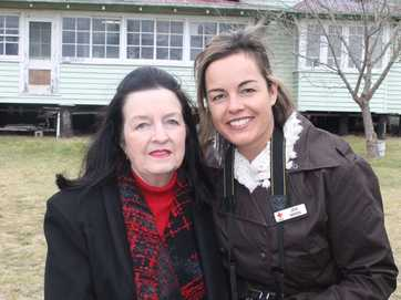 Mally McMurtrie with daughter Jen Wren. Photo: Hayden Smith / Stanthorpe Border Post