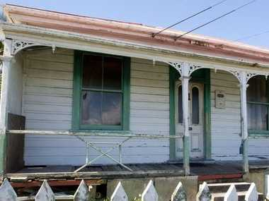 The house is likely to attract buyers who want to remove it and build on the 381sq m section.