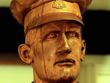 The bust of Major Duncan Chapman at the Maryborough Military Colonial Museum. He was the first man ashore at Gallipoli.