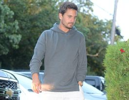 Scott Disick checks into rehab