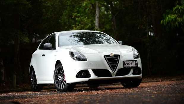 Iain Curry road tests the Alfa Romeo Giulietta Distinctive with QV Line pack.