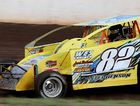 Brayd in good form for V8 dirt modified rumble