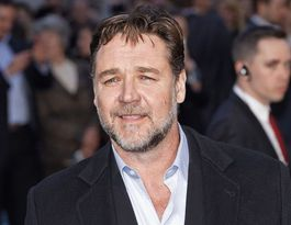 Russell Crowe leads tributes to John Nash