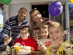 Kids enjoy free healthy meal