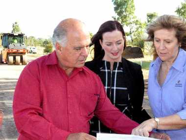 PROJECT STARTS: Mayor Bill Ludwig inspects Farnborough State School set down zone improvements with Member for Keppel Brittany Lauga and school principal Carol Butler-Mader.