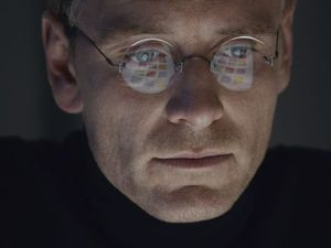 First look at Michael Fassbender in Steve Jobs