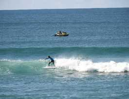 Surfers protected for Lennox contest