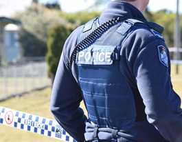 Police manhunt for knife-wielding home invaders in Kingaroy
