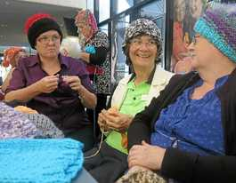 Residents bond over beanie craft session