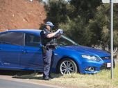 <strong>UPDATE: </strong>A wanted man who sent three Glenvale schools into lockdown remains at large in Toowoomba.