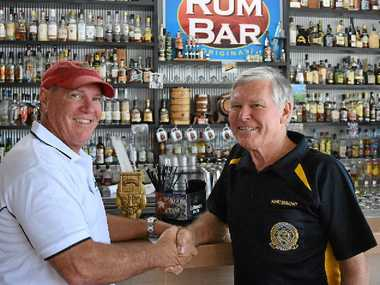 GOLD SPONSOR: Fish D'vine Seafood Café owner Kev Collins and VMR secretary Roger Wodson.