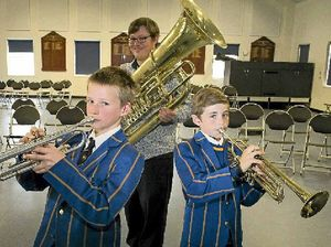 Music students benefit from QSO master class