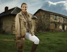 Crumbling ruins become family homes on Restoration Australia