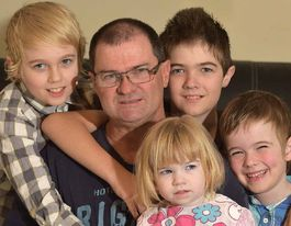 How FIFO dad keeps family close when he's 2000km away