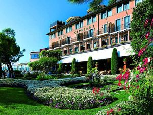 Clooney and the grandeur of the Belmond Cipriani Hotel