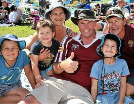Caloundra Music Festival fights off NRL to draw 9000