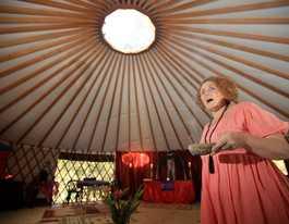 Tweed Valley 'priestess' offering sexual healing