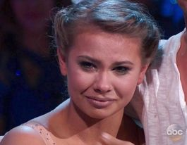 Bindi Irwin cries during emotional dance tribute to dad